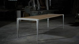 Meubelplus table design